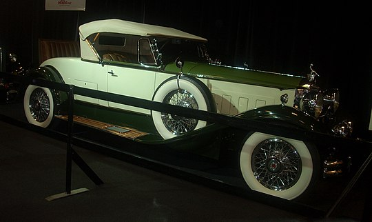 pictures/images/540px-%2730_Packard_Deluxe_Eight_Roadster_%28MIAS_%2710%29.jpg