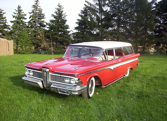 pictures/images/540px-1959_Edsel_Villager_-_Red.jpg