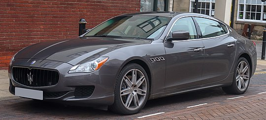 pictures/images/540px-2015_Maserati_Quattroporte_DV6_Automatic_3.0_Front.jpg