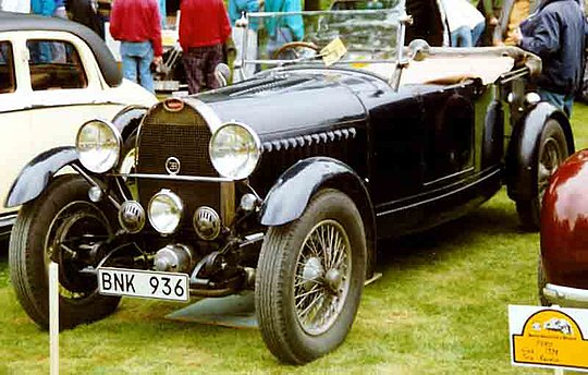 pictures/images/540px-Bugatti_Typ_49_Tourer_1929.jpg